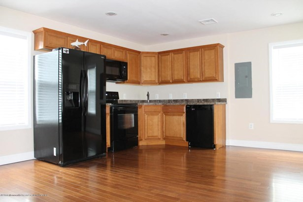 Multi-Family, Upper Level - Keyport, NJ (photo 2)