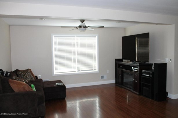 Multi-Family, Upper Level - Keyport, NJ (photo 4)