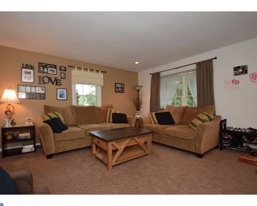 Row/Townhouse, Traditional - WEST NORRITON, PA (photo 4)