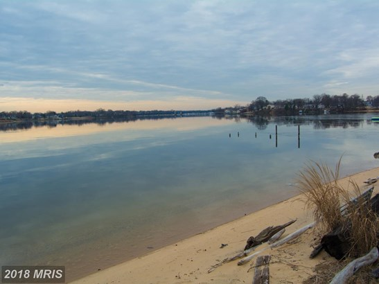 Townhouse, Traditional - STONEY BEACH, MD (photo 2)