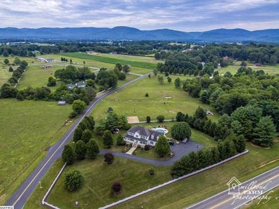 Farm House, TRADITIONAL, Detached - WAYNESBORO, VA (photo 4)