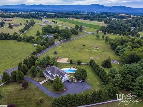 Farm House, TRADITIONAL, Detached - WAYNESBORO, VA (photo 5)