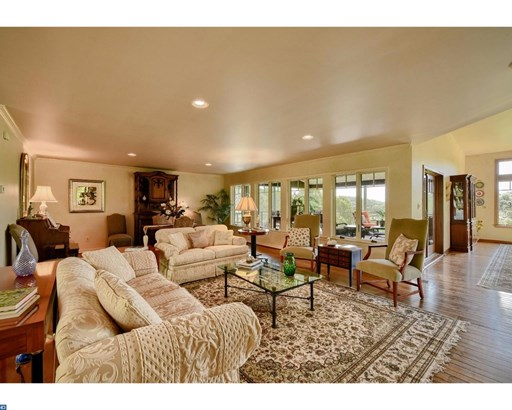 Rancher, Detached - KENNETT SQUARE, PA (photo 4)