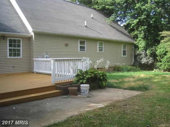 Cape Cod, Detached - CHARLES TOWN, WV (photo 4)