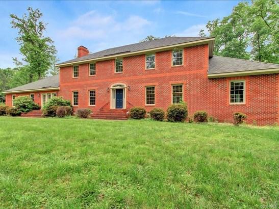 2-Story, Colonial, Single Family - Richmond, VA