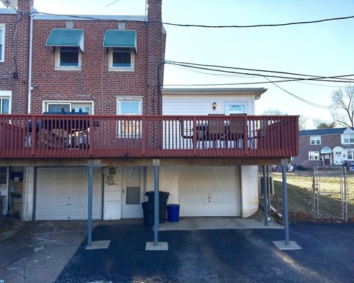 Row/Townhouse, Colonial,EndUnit/Row - GLENOLDEN, PA (photo 3)