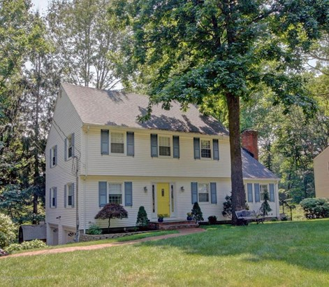 Colonial, Single Family - Middletown, NJ (photo 1)