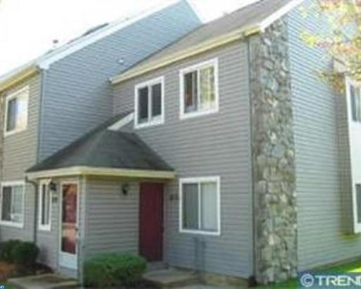 Row/Townhouse, Contemporary - CHERRY HILL, NJ (photo 1)