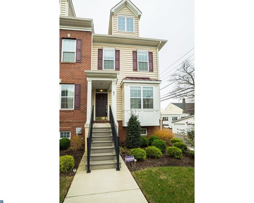 Row/Townhouse, Colonial,EndUnit/Row - LANSDALE, PA (photo 1)