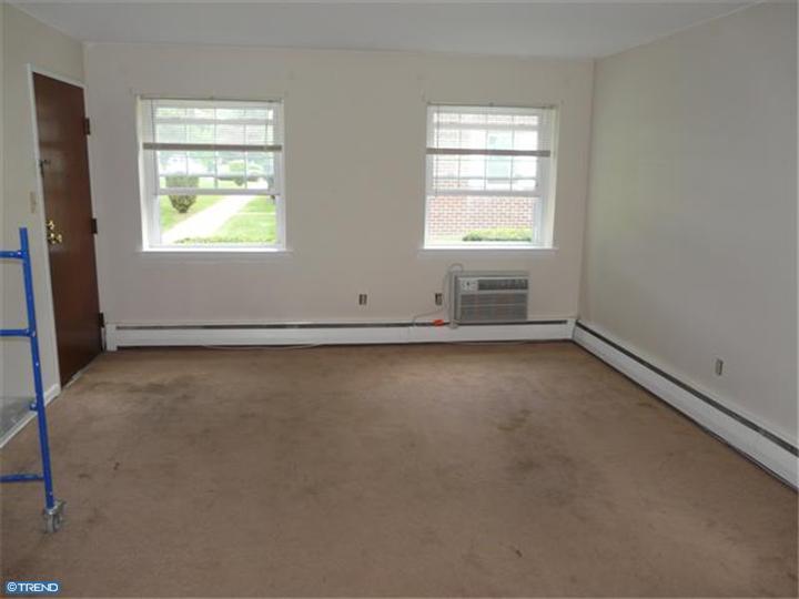 Unit/Flat, Colonial - ASTON, PA (photo 2)