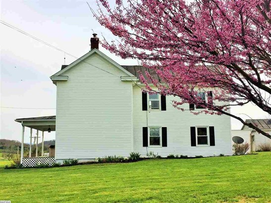 Farm House, Detached - GROTTOES, VA (photo 2)