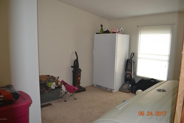 Mobile Home Double, Detached - Pembroke, VA (photo 2)