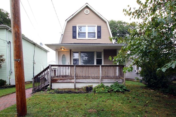 Cape, Single Family - North Middletown, NJ (photo 1)