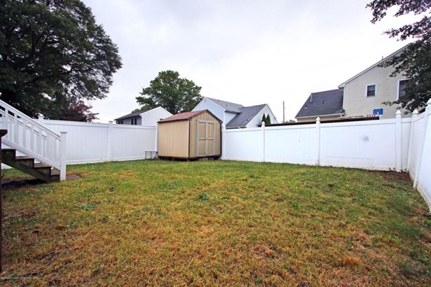 Cape, Single Family - North Middletown, NJ (photo 3)
