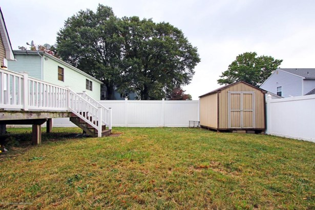 Cape, Single Family - North Middletown, NJ (photo 4)