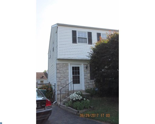 Row/Townhouse, Colonial - STOWE, PA (photo 1)