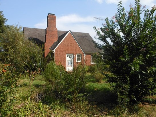 Cape Cod, Farm - Blackstone, VA (photo 2)