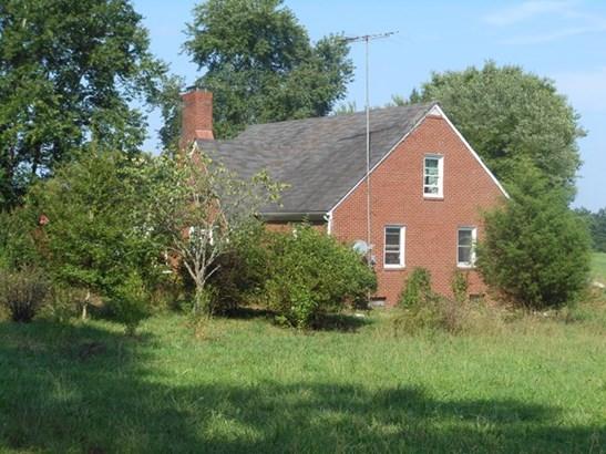 Cape Cod, Farm - Blackstone, VA (photo 3)