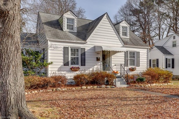 Cape Cod, Single Family - Newport News, VA (photo 1)