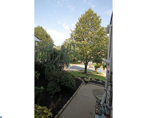 Row/Townhouse, Colonial - MAPLE GLEN, PA (photo 2)