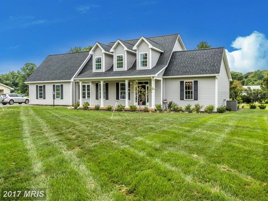 Cape Cod, Detached - FREDERICK, MD (photo 4)