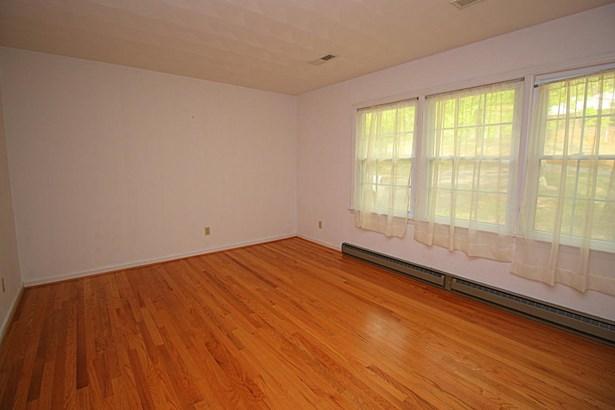 Residential, 4 Level Split - Roanoke, VA (photo 3)