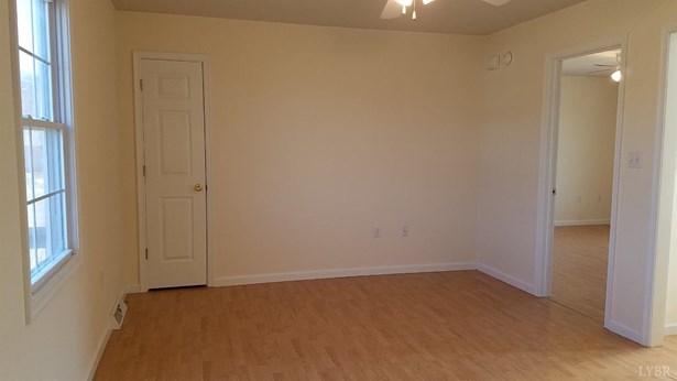 Single Family Residence, Two Story - Concord, VA (photo 5)