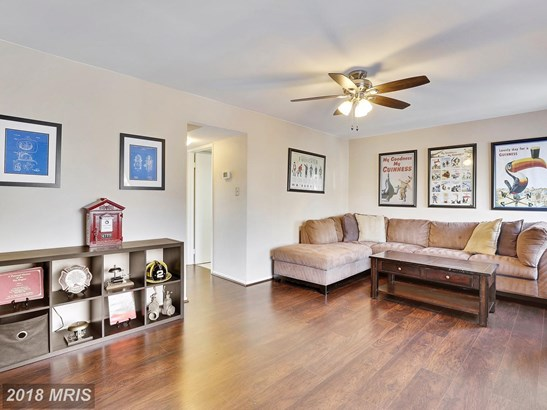Townhouse, Contemporary - CROFTON, MD (photo 4)