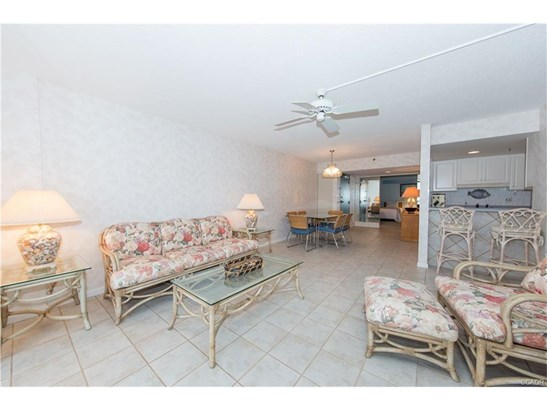 Condo/Townhouse, End Unit, Flat/Apartment - Bethany Beach, DE (photo 5)