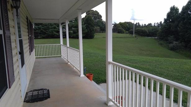 Single Family Residence, Ranch - Goodview, VA (photo 2)