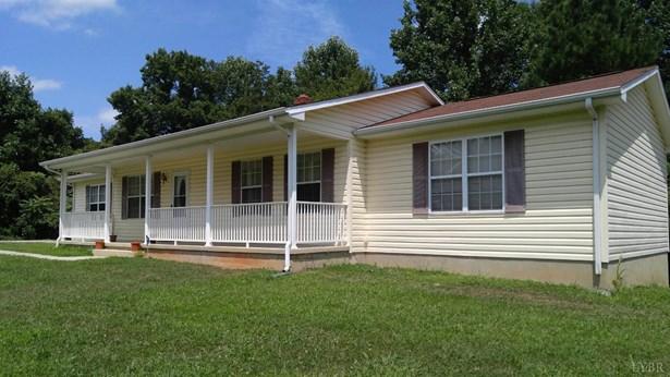 Single Family Residence, Ranch - Goodview, VA (photo 3)