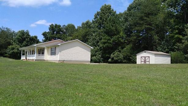 Single Family Residence, Ranch - Goodview, VA (photo 4)