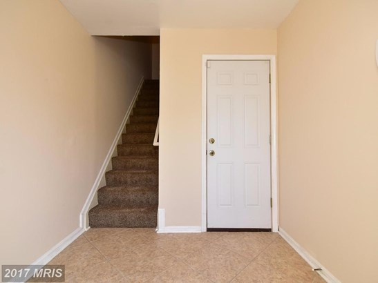 Townhouse, Contemporary - RANDALLSTOWN, MD (photo 2)