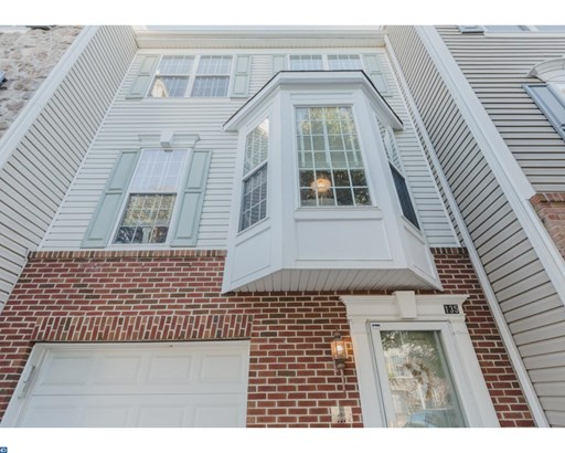 Row/Townhouse/Cluster, Traditional - PHOENIXVILLE, PA (photo 1)