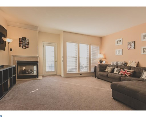 Row/Townhouse/Cluster, Traditional - PHOENIXVILLE, PA (photo 4)