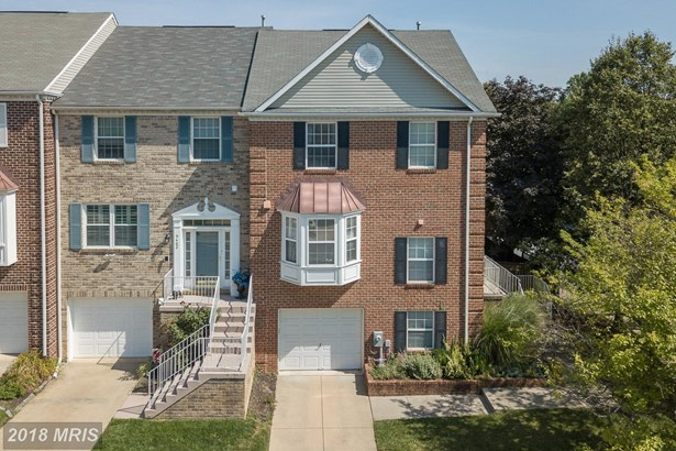 Townhouse, Contemporary - OWINGS MILLS, MD (photo 1)