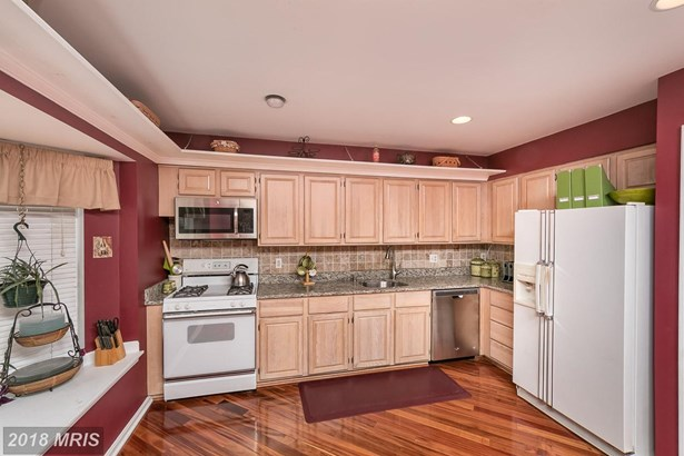 Townhouse, Contemporary - OWINGS MILLS, MD (photo 4)