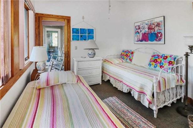 Contemporary,Beach House, Single Family - Chincoteague, VA (photo 3)