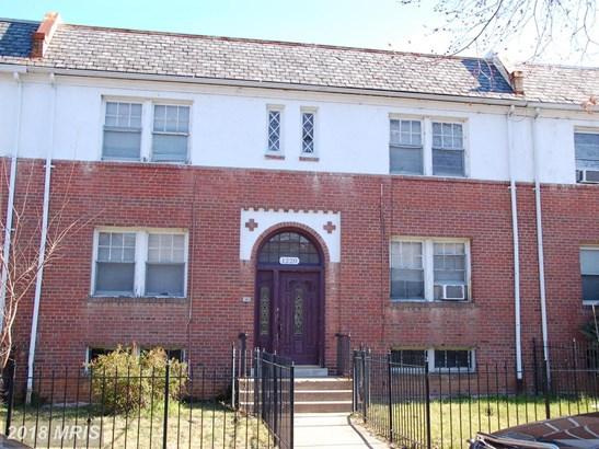 Colonial, Attach/Row Hse - WASHINGTON, DC (photo 1)