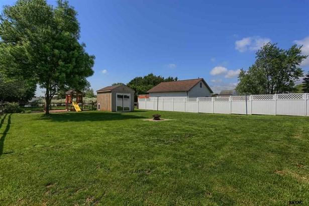 Rancher, Residential/Farms - Hanover, PA (photo 4)