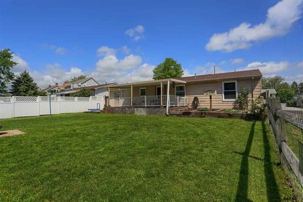 Rancher, Residential/Farms - Hanover, PA (photo 5)