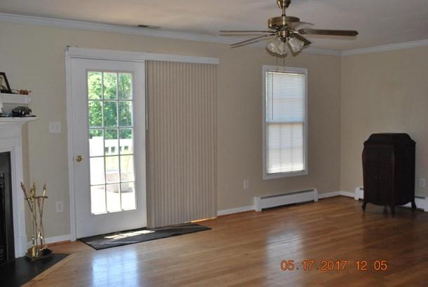 Residential, Ranch - Bedford, VA (photo 4)