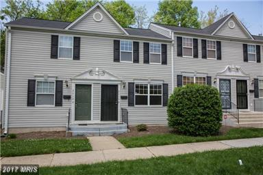 Contemporary, Attach/Row Hse - LANDOVER, MD (photo 3)