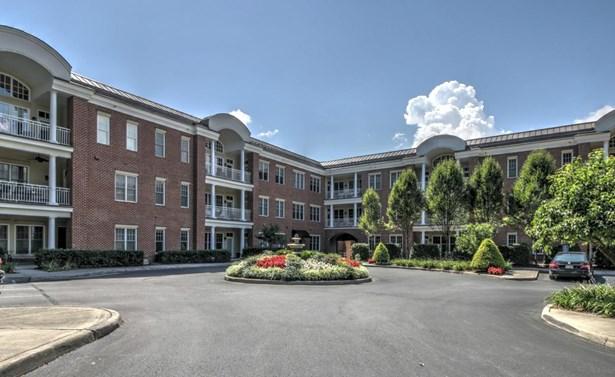 Condominium, Condo - Roanoke, VA (photo 1)