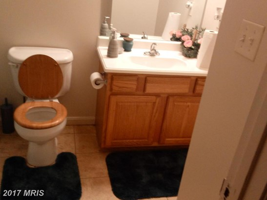 Split Foyer, Detached - LUSBY, MD (photo 4)