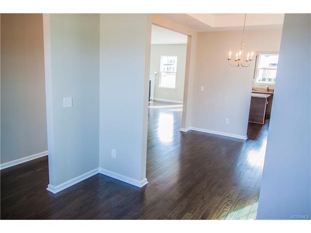 Tri-Level/Quad Level, Single Family - Henrico, VA (photo 4)