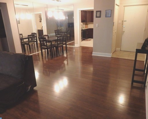 Colonial,Traditional, Unit/Flat - HAVERTOWN, PA (photo 5)