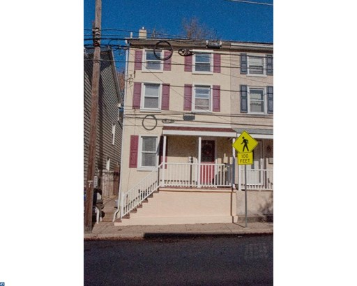 Row/Townhouse, StraightThru,EndUnit/Row - CONSHOHOCKEN, PA (photo 1)