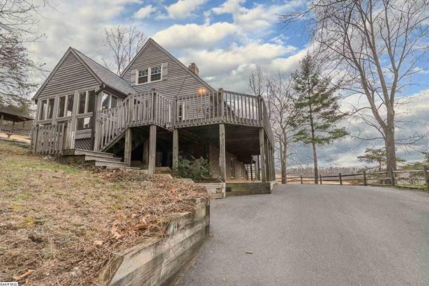 Contemporary, Detached - STAUNTON, VA (photo 3)