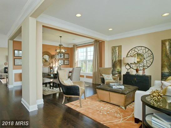 Traditional, Detached - SEVERN, MD (photo 2)